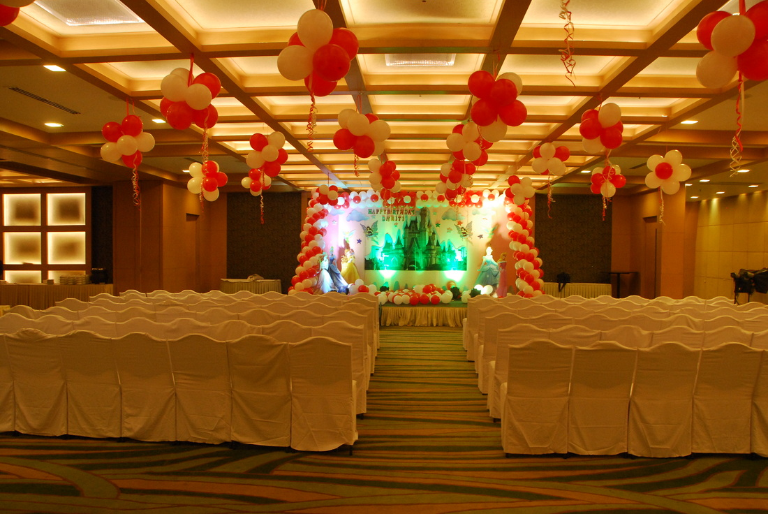 Banjara hills party venues in hyderabad for Crystal 7 cuisine hyderabad